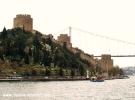 Rumeli Hisarı ve boğaziçi köprüsü